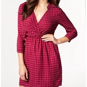 🧡 NWT Just Fab maroon checkered wrap dress M